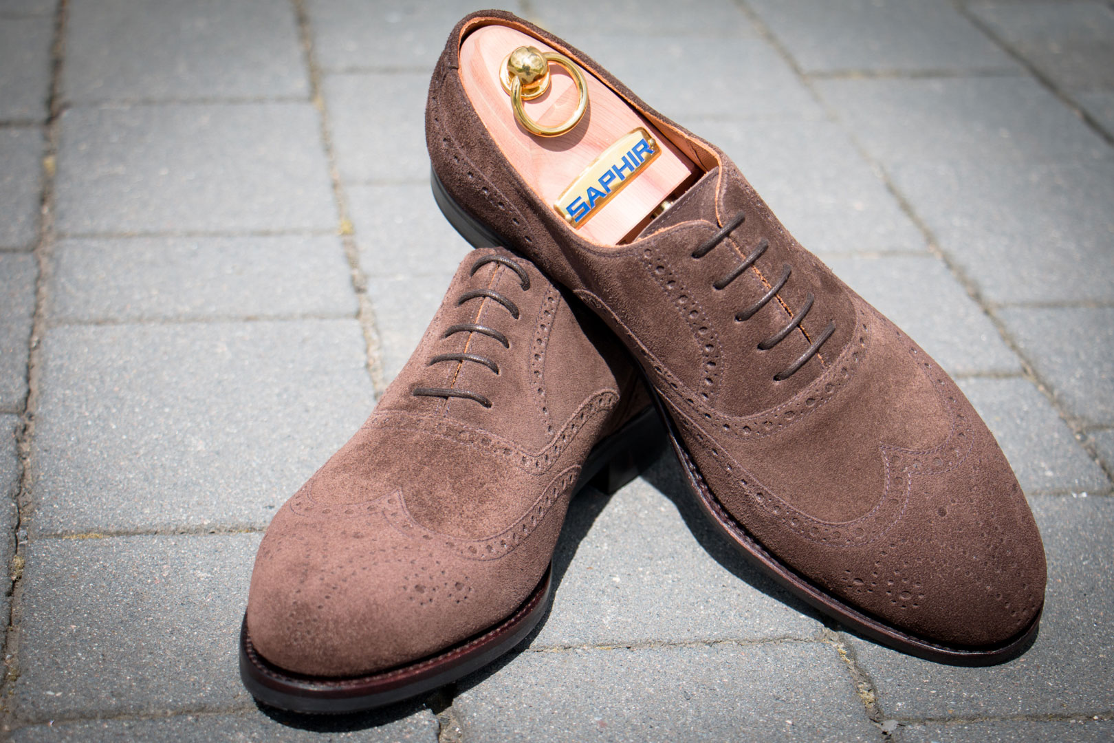 Wing Tip in Suede