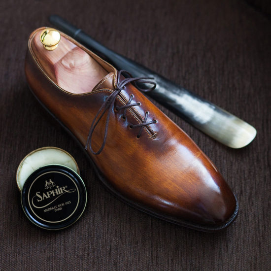 Wholecut Shoes Wood Painted