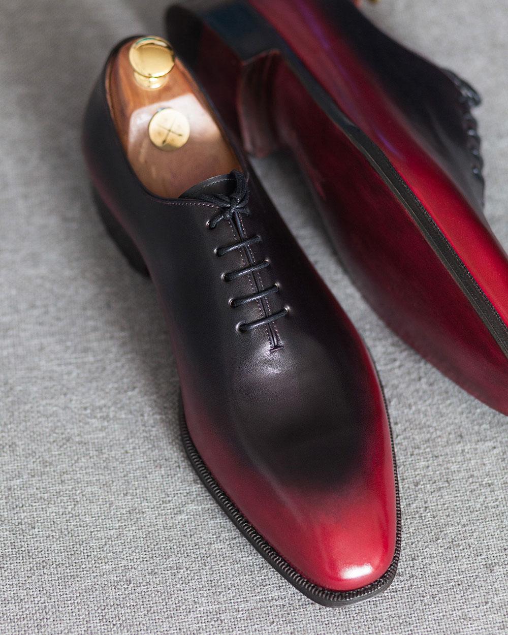 Black Red Wholecut