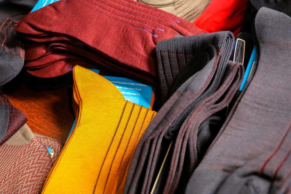 kolorowe skarpety klasyczne do garnituru