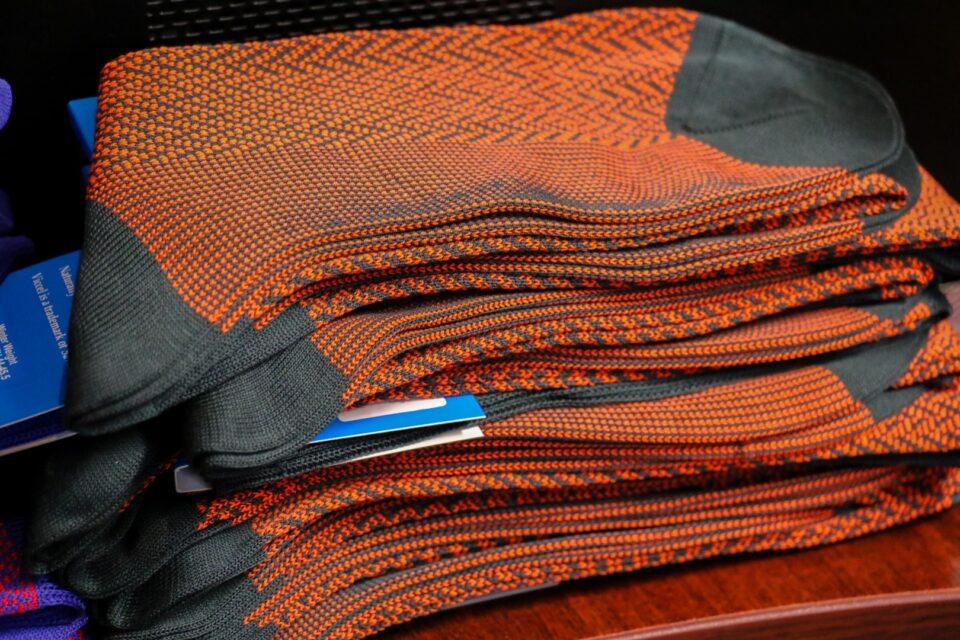 Ciepłe męskie podkolanówki garniturowe skarpety herringbone. Klasyczne skarpetki na prezent