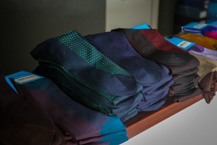 podkolanówki i skarpety garniturowe na prezent dla mężczyzny