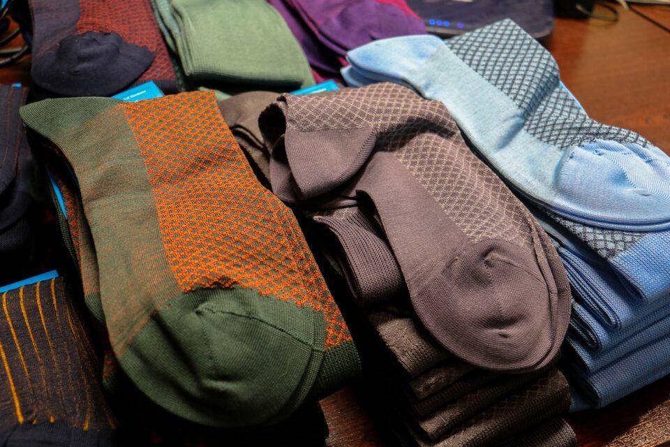 męskie klasyczne skarpety do garnituru jeansów i chinosów