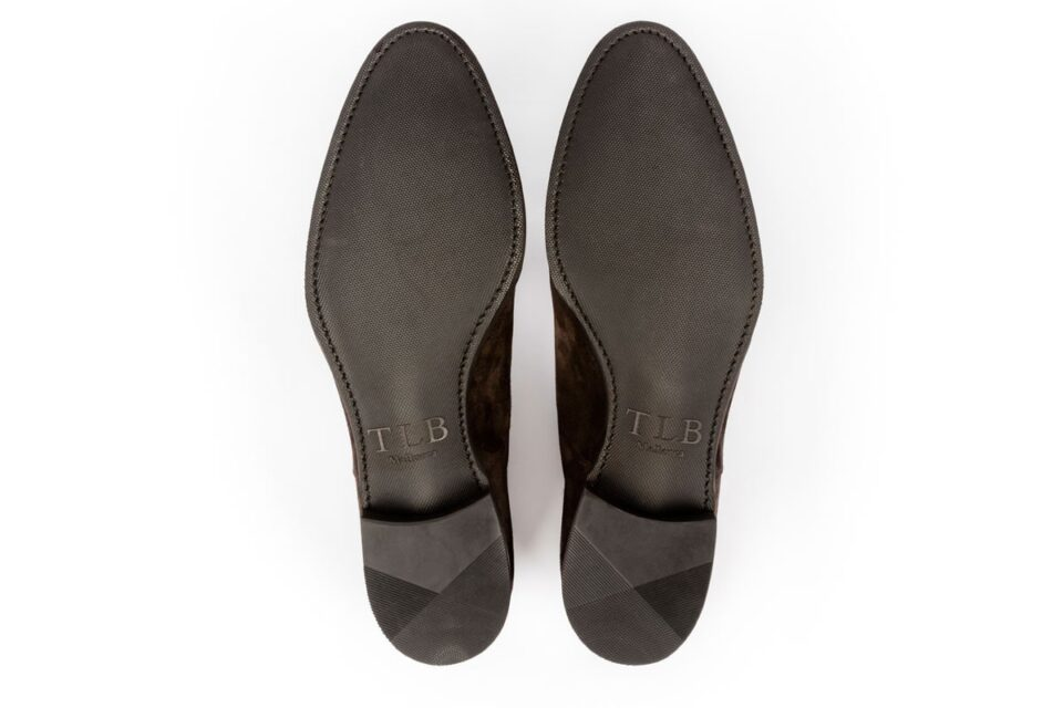 Podeszwy gumowe w eleganckich luksusowych butach