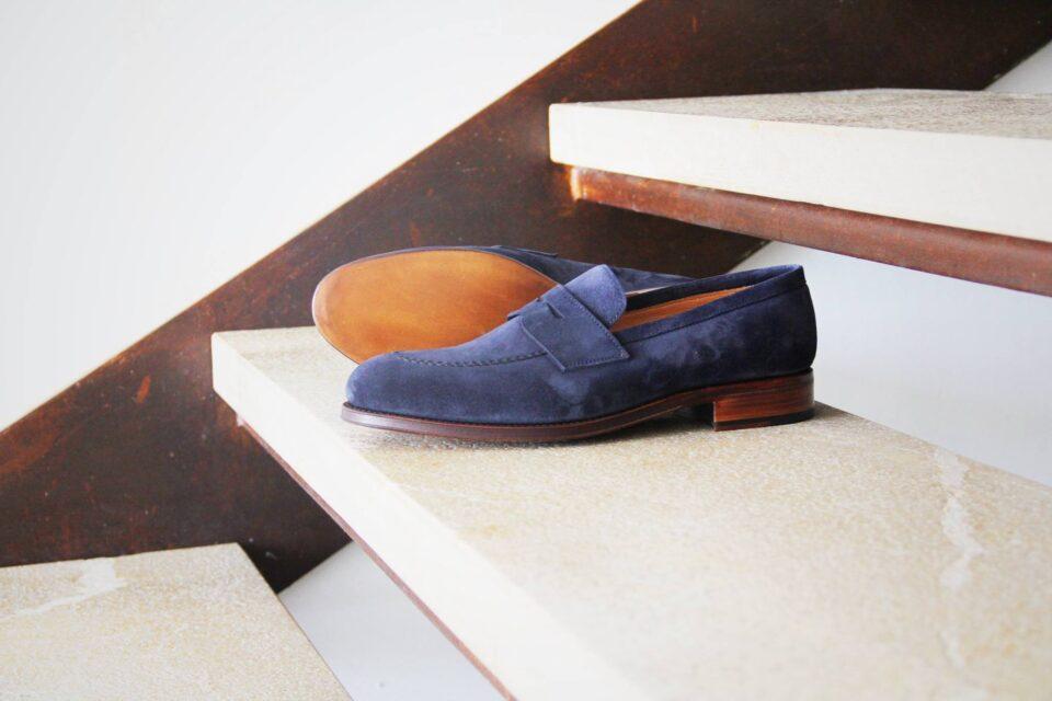 Granatowe zamszowe loafersy męskie obuwie na lato
