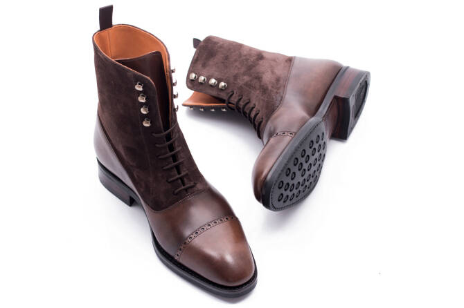 Boots 755Y
