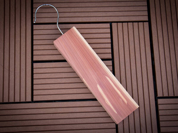 WOODLORE Essential Cedar Hang-Up
